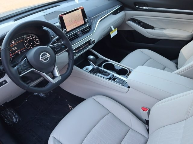 Nissan Altima 2021 price $28,539