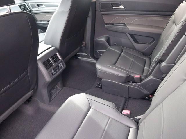 Volkswagen Atlas 2021 price $44,937