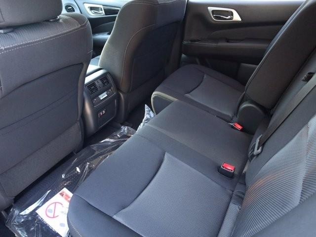 Nissan Pathfinder 2020 price $32,914