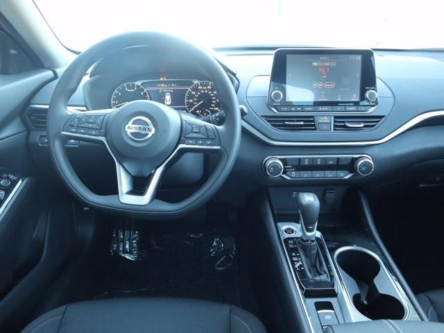 Nissan Altima 2021 price $24,859