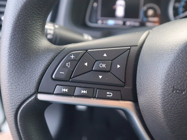 Nissan LEAF 2019 price $16,897