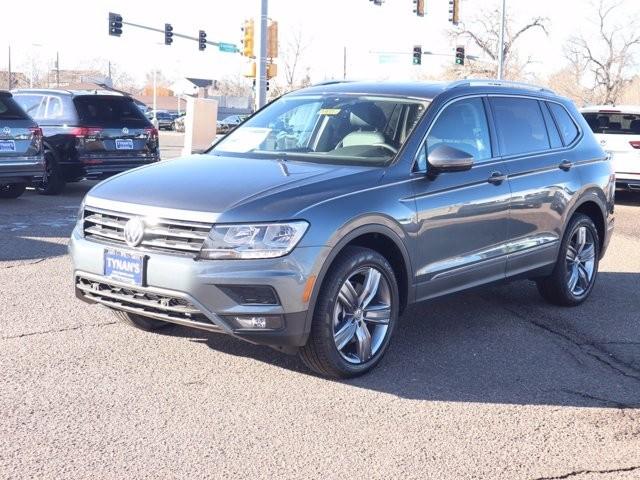 Volkswagen Tiguan 2021 price $33,489