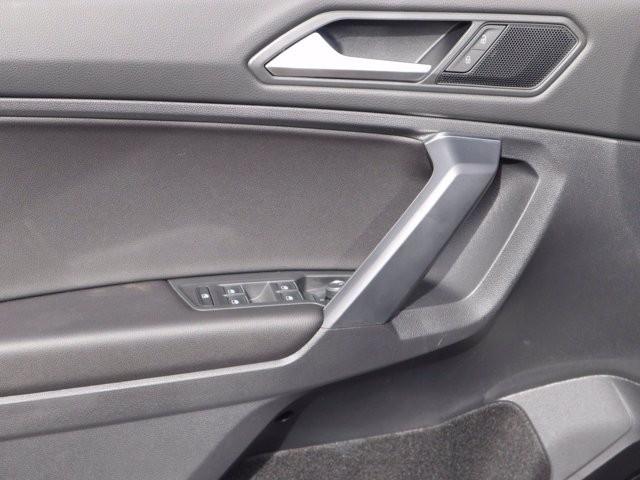 Volkswagen Tiguan 2021 price $31,464
