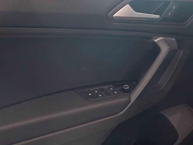 Volkswagen Tiguan 2021 price $29,424