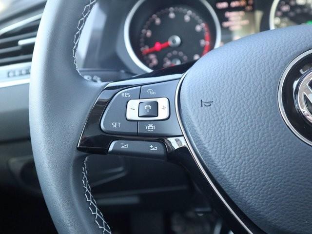 Volkswagen Tiguan 2021 price $28,674