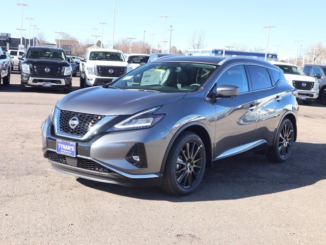 Nissan Murano 2021 price Call for Pricing.