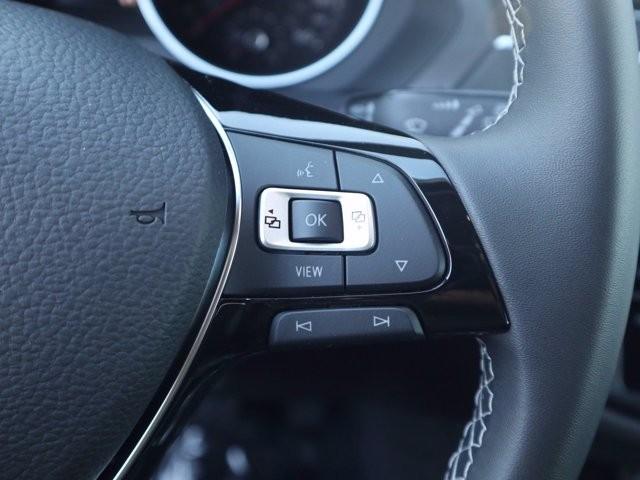 Volkswagen Tiguan 2021 price $29,236