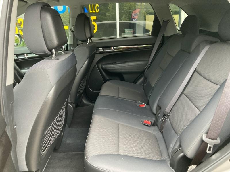 KIA SORENTO 2011 price $8,987