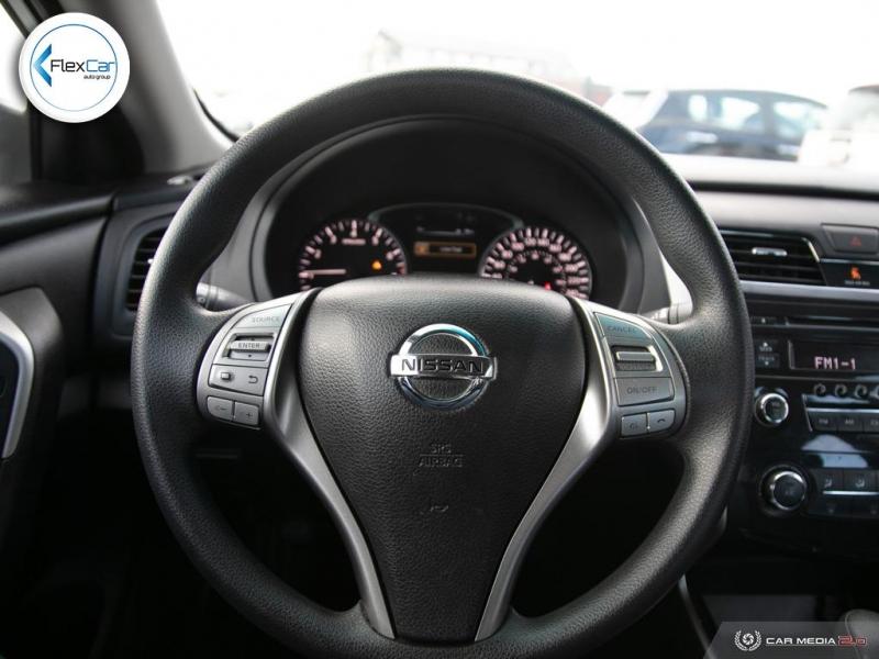 Nissan Altima 2015 price $9,888