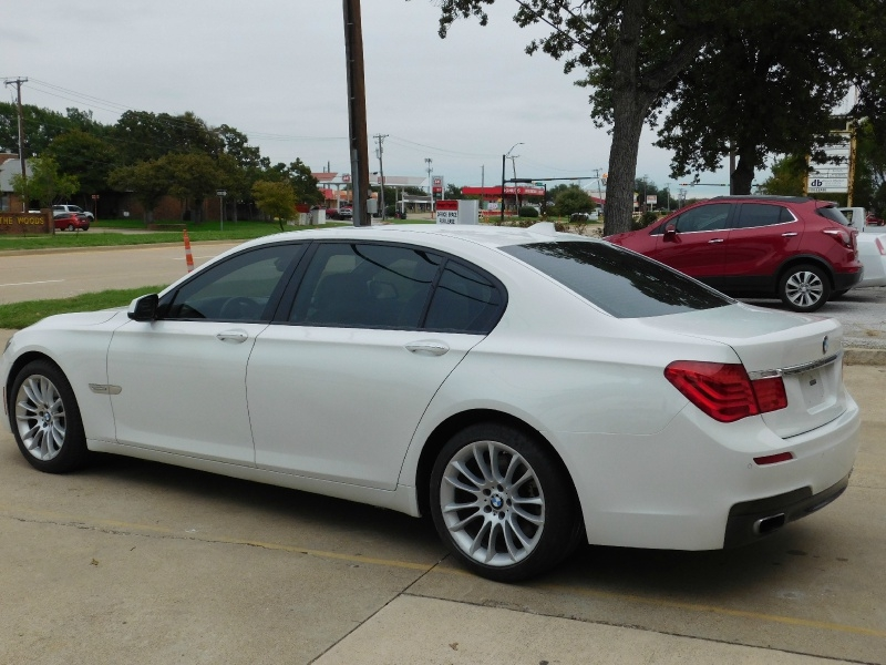 BMW 7-Series 2012 price $10,999