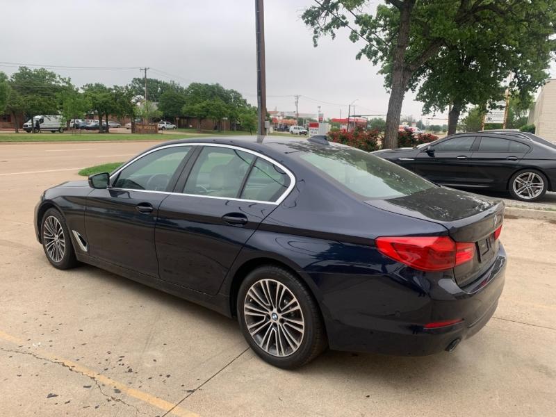 BMW 5-Series 2019 price $35,999