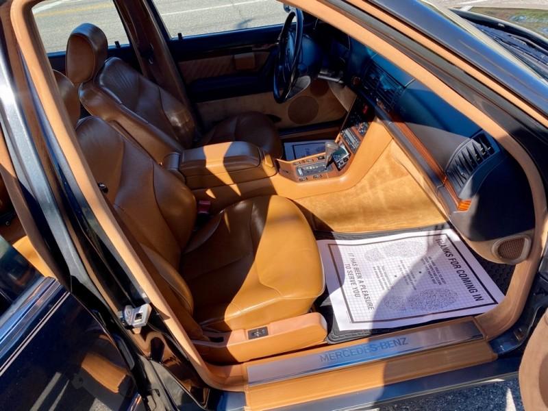 MERCEDES-BENZ 300 1993 price $3,850