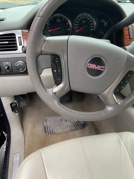 GMC Yukon 2008 price $9,999