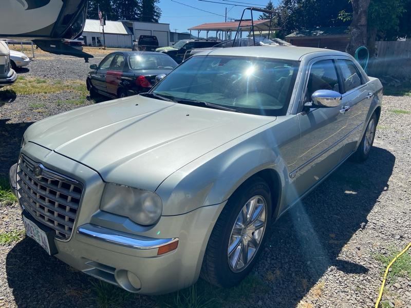 Chrysler 300 2006 price $4,250