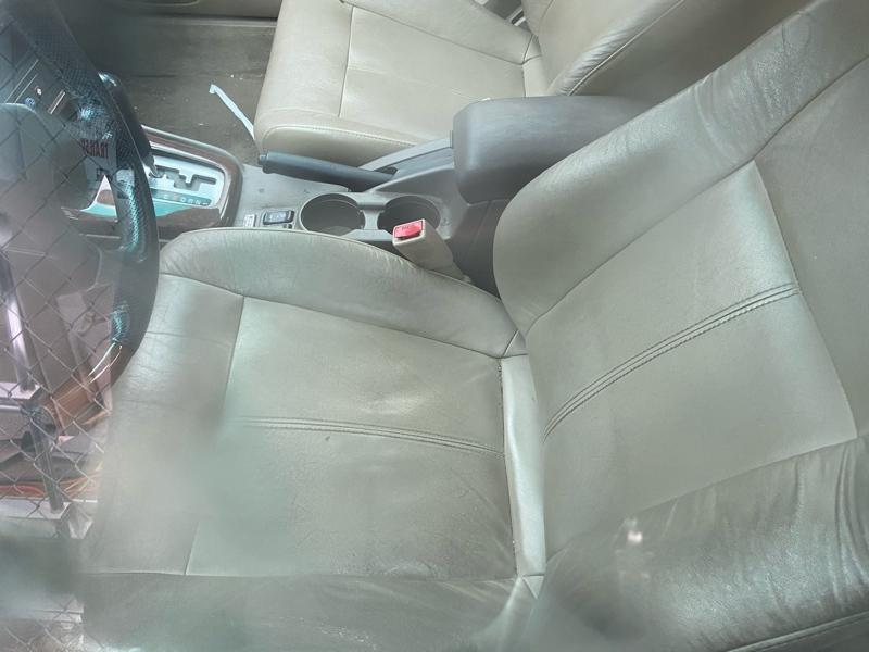 Subaru Legacy Sedan 2003 price $3,500