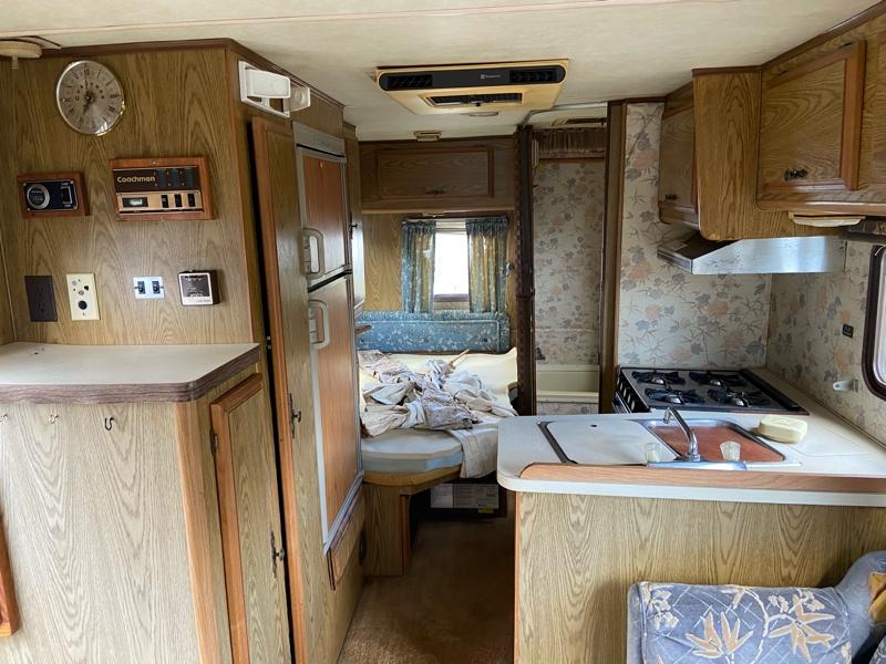 Coachmen 25 1985 price $4,999