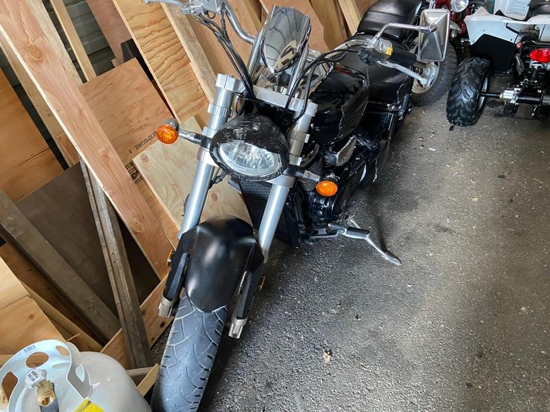 Suzuki Boulevard 2005 price $995