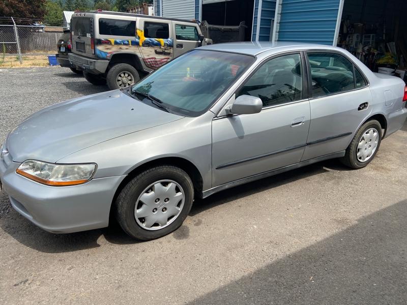 Honda Accord 1999 price $1,999