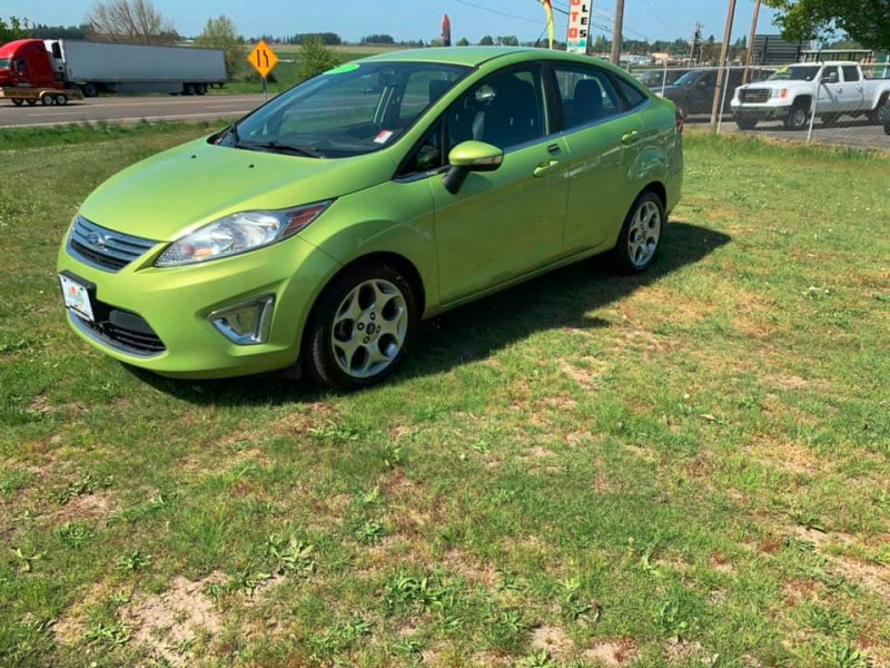 Ford Fiesta 2012 price $5,750