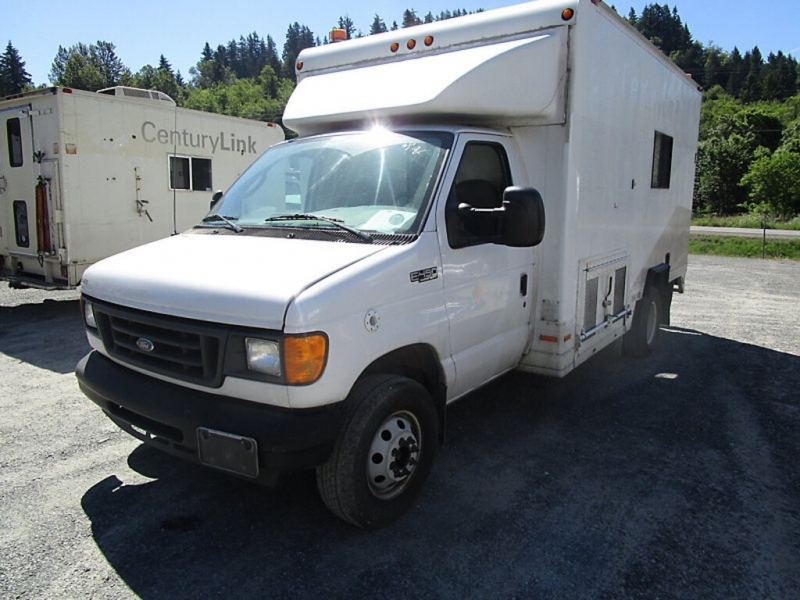 Ford Econoline Commercial Cutaway 2004 price $19,777