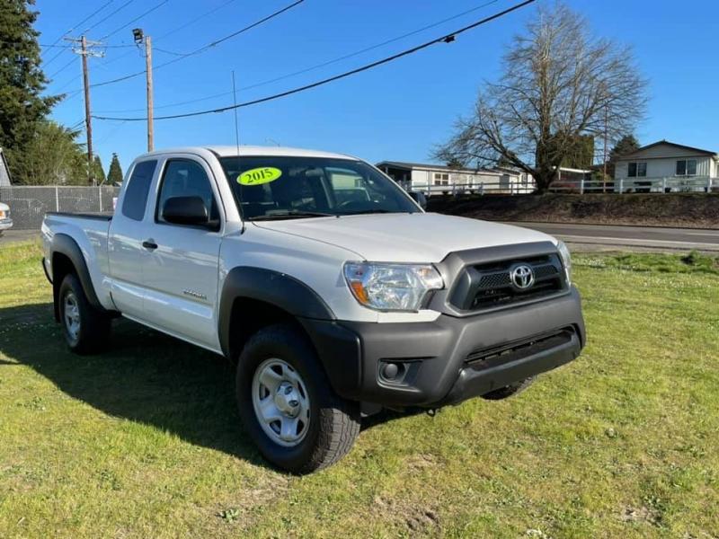 Toyota Tacoma 2015 price $22,997