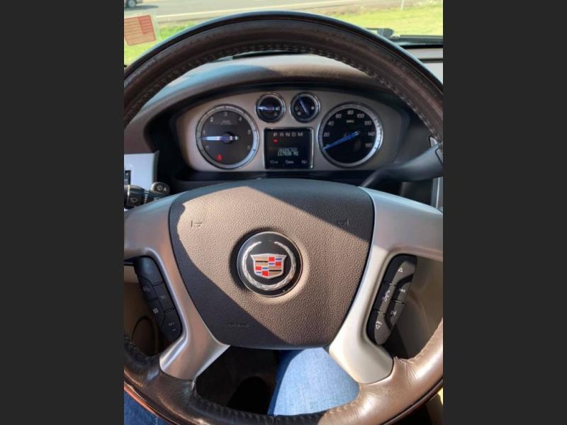 Cadillac Escalade ESV 2010 price $16,750