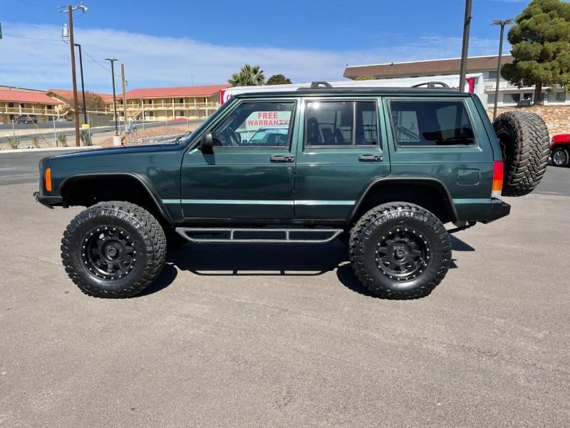 Jeep Cherokee 2000 price $9,995