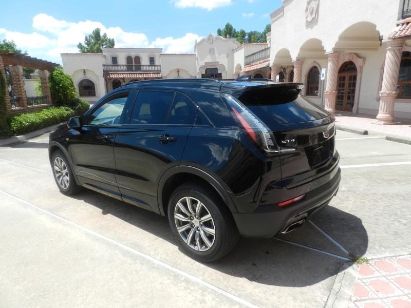 Cadillac XT4 2020 price $36,450
