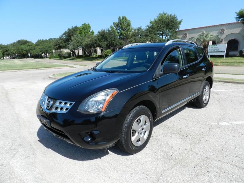 Nissan Rogue Select 2015 price $8,850