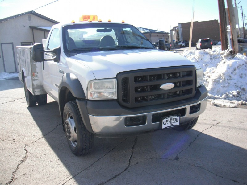 Ford F-450 Super Duty 2005 price $7,595
