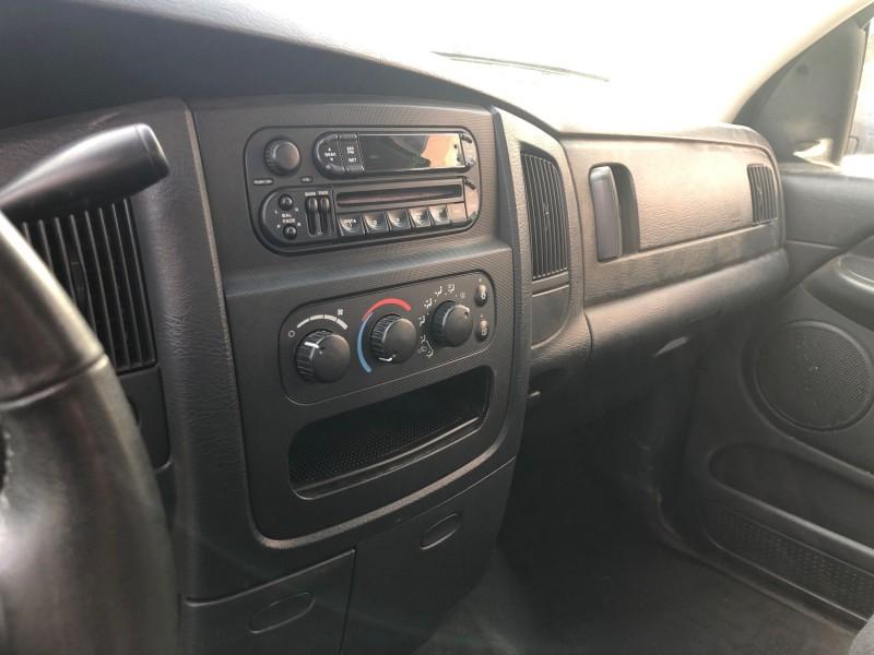 Dodge Ram Pickup 3500 2003 price $7,777