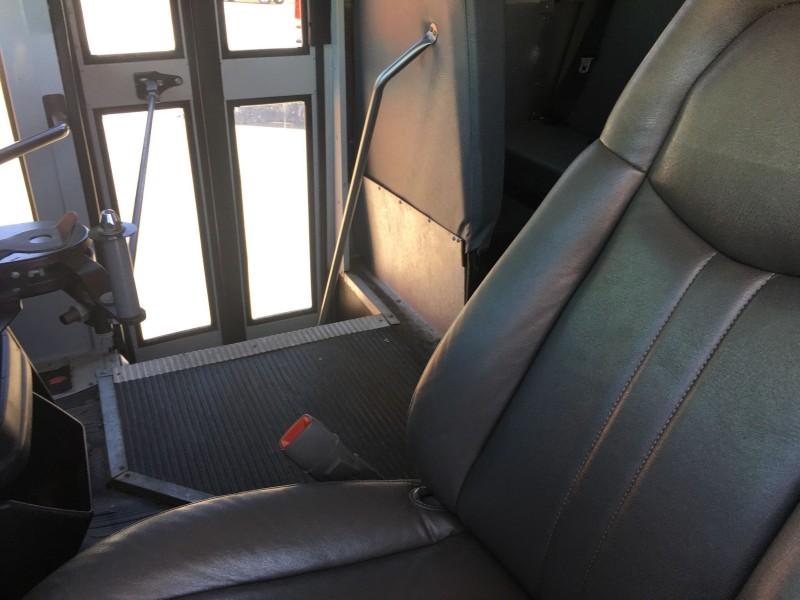 THO BUS 2007 price $18,995