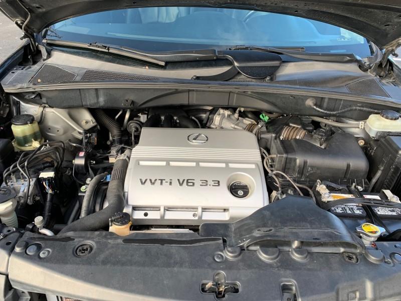 Lexus RX 330 2004 price $9,900