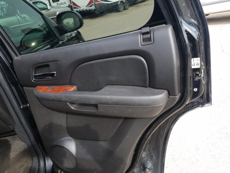 Chevrolet Tahoe 2011 price $13,995