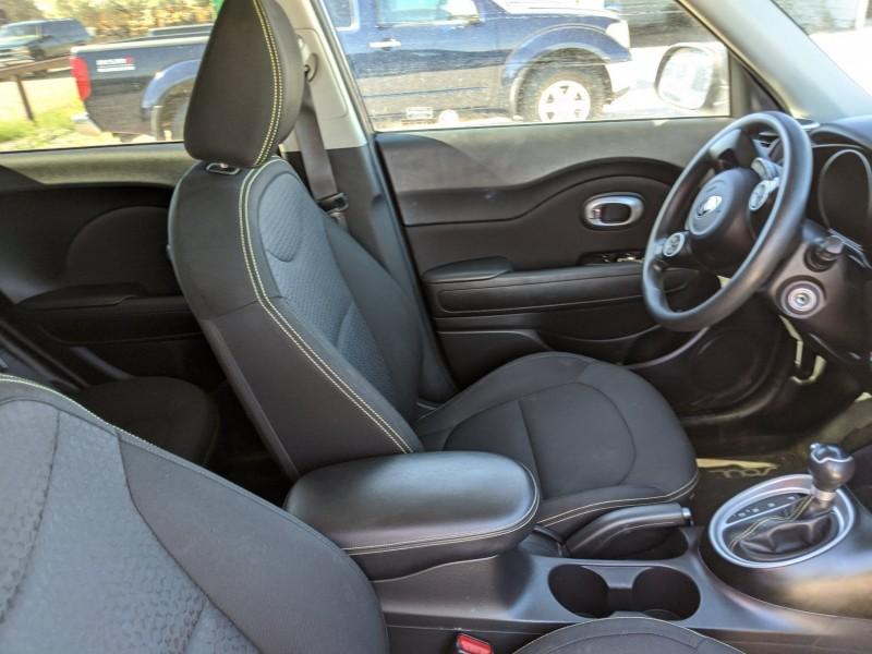 Kia Soul 2015 price $10,400