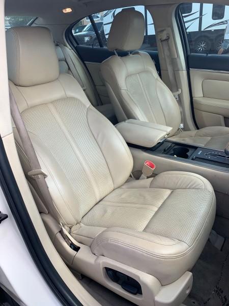 Lincoln MKS 2009 price $7,995
