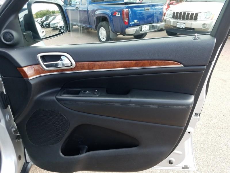 Jeep Grand Cherokee 2011 price $14,900