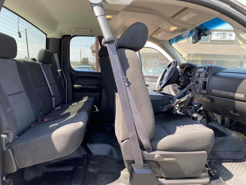 Chevrolet Silverado 2500HD 2013 price $18,900
