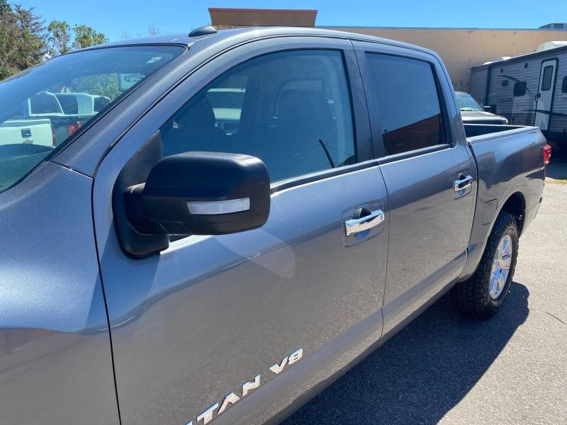Nissan Titan 2018 price $33,995