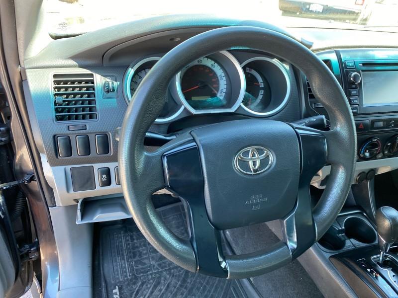 Toyota Tacoma 2013 price $18,995
