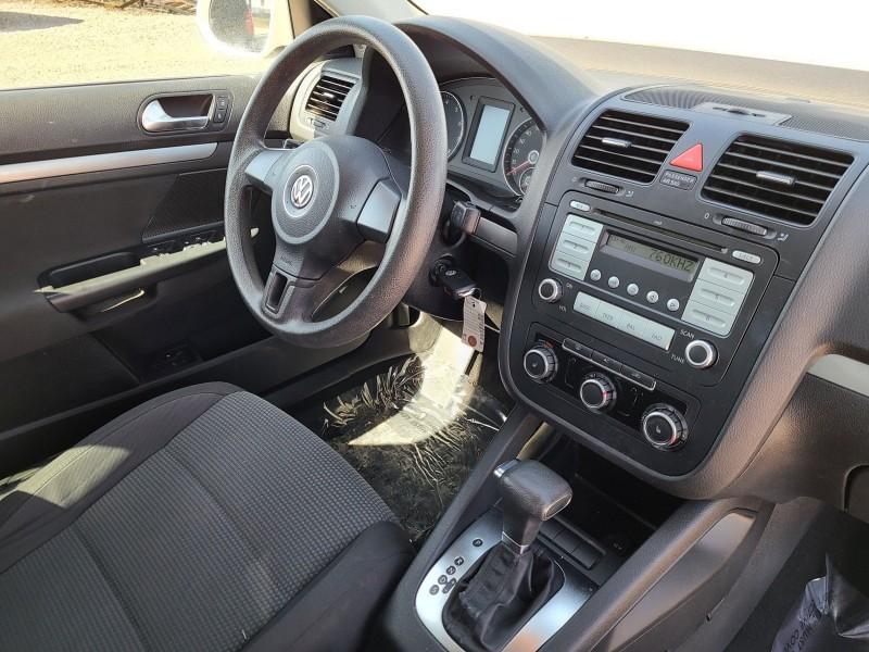 Volkswagen Jetta 2010 price $6,495