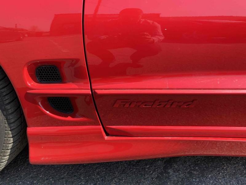 Pontiac Firebird 2002 price $9,988