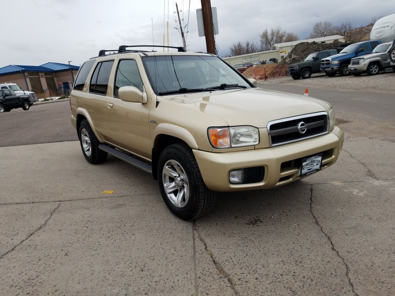 Nissan Pathfinder 2004 price $6,900