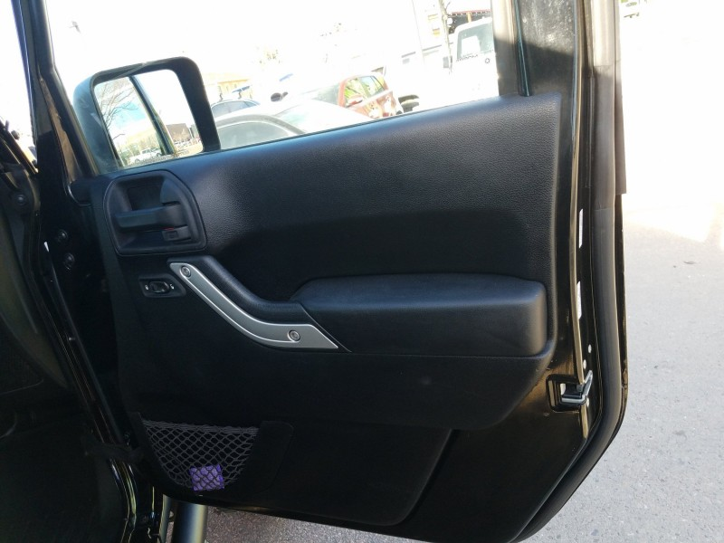Jeep Wrangler Unlimited 2013 price $32,900