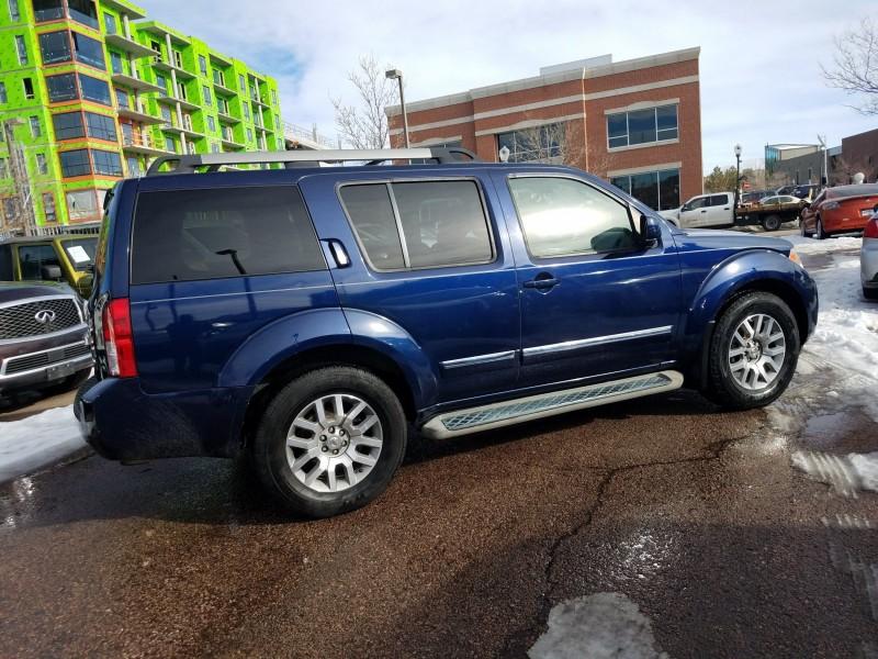 Nissan Pathfinder 2010 price $9,300