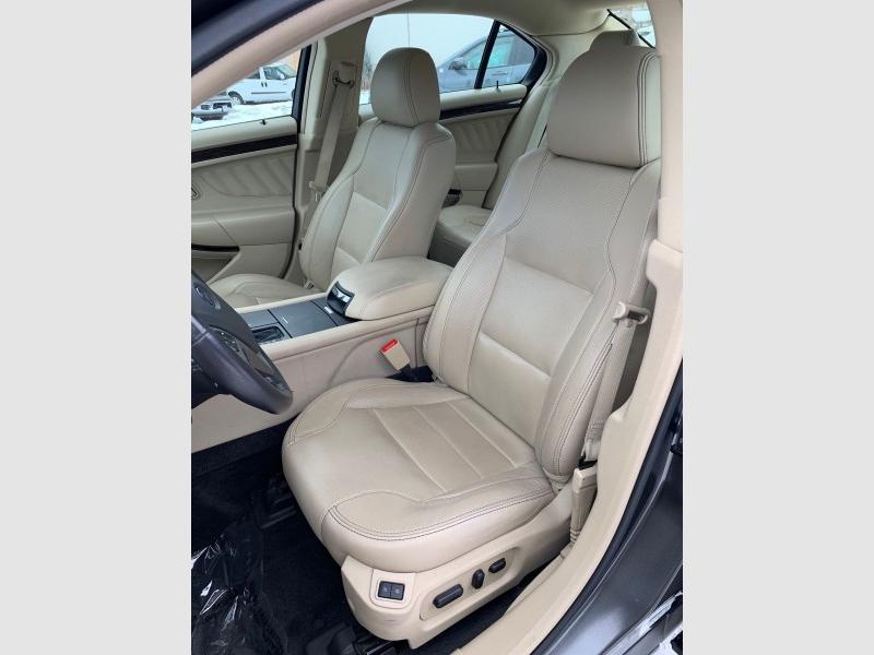 Ford Taurus 2016 price $17,995