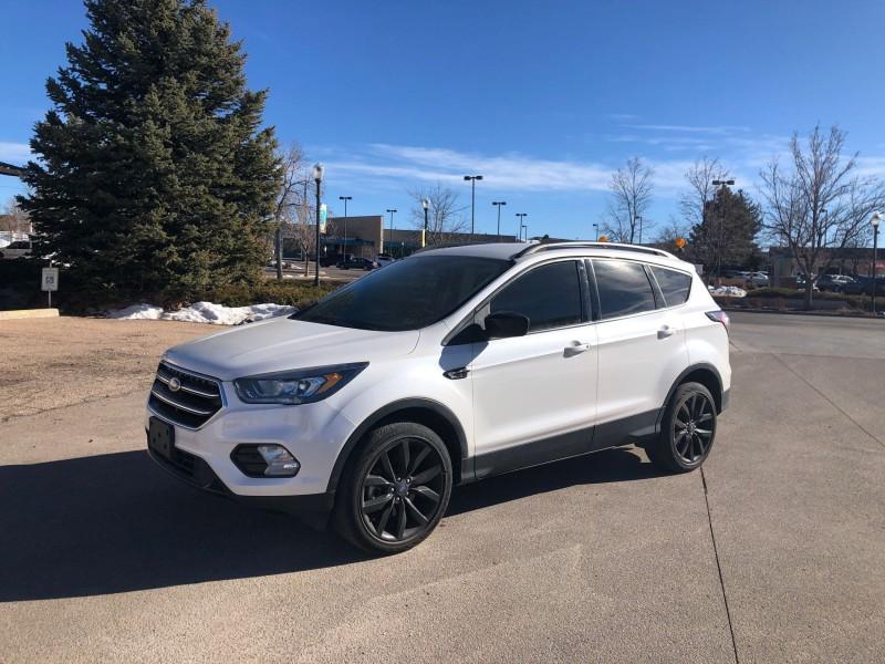 Ford Escape 2017 price $8,888