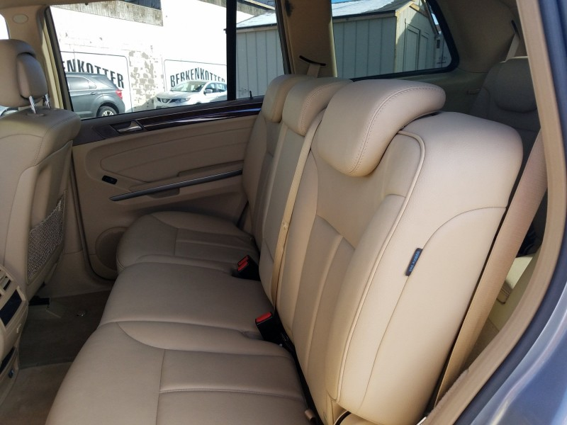 Mercedes-Benz GL-Class 2010 price $15,900