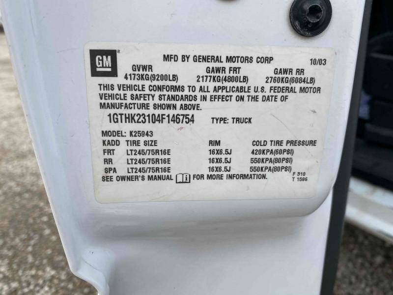 GMC Sierra 2500HD 2004 price $12,995