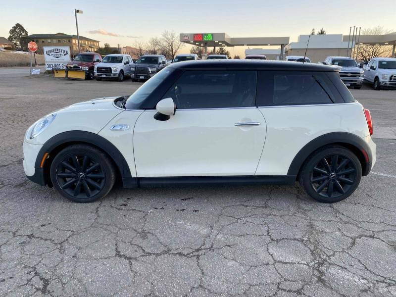 MINI Hardtop 2 Door 2015 price $14,900